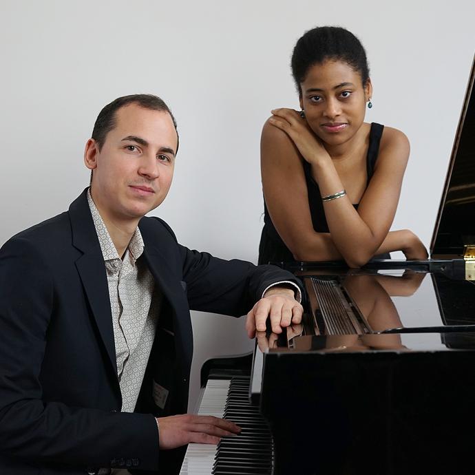 Raphaël, pianiste et  Inès, chanteuse